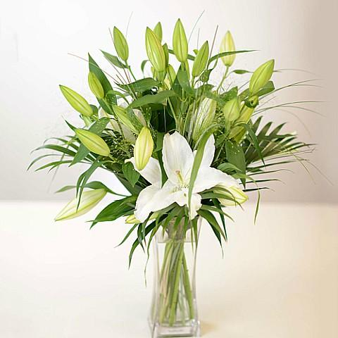 White Lily Bouquet Delivery in Athens