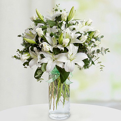 white lily and roses bouquet